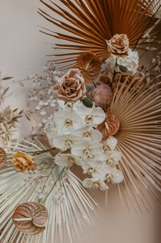 Floral Arrangement Photo Nectarine Photography Reception Styling Flowers Foliage is part of Wedding decorations - Boho Wedding, Floral Wedding, Wedding Bouquets, Wedding Flowers, Palm Wedding, Seaside Wedding, Autumn Wedding, Shady Tree, Modern Romance
