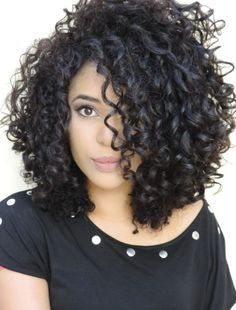 Peinados Curly Hair Styles Curly Hair Cuts Y - curly hairstyles cabello rizado corto curly hairstyles half up Curly Hair Styles, Curly Hair Cuts, Curly Bob Hairstyles, Curly Wigs, Shoulder Length Curly Hairstyles, Bobs For Curly Hair, Medium Curly Haircuts, Bob Haircut Curly, Haircut Short