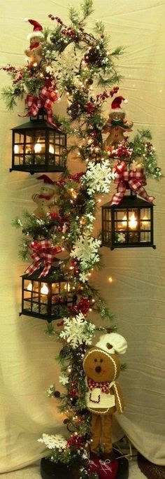 Christmas Decor: No Instructions....looks like a hook for plants....add…