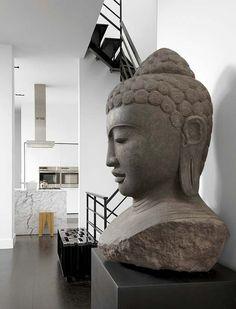 Modern Row House by Lukas Machnik Interior Design - Fox Home Design Asian Interior Design, Asian Design, Home Interior, Decor Interior Design, Interior And Exterior, Interior Decorating, Zen Interiors, White Interiors, Deco Zen