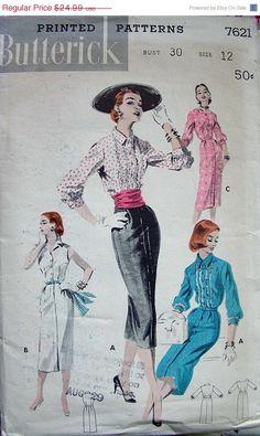 SALE:) 1950s Vintage Butterick Sewing Pattern 7621 - Narrowly Styled Wiggle Dress - size 12/30