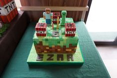 Minecraft Birthday Party Ideas | Cake