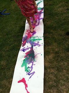 no more finger painting, only toe painting :D