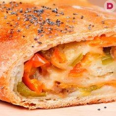 Стромболи, или Пицца в рулете, рецепт приготовления