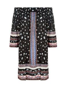 Discover the latest trends at New Look. Black Pattern, Top Pattern, Bohemian Tops, Ditsy Floral, Dress Collection, New Dress, New Look, Boho Chic, Evening Dresses