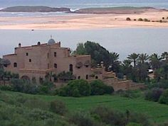 View of La Sultana hotel from the main road #morocco #Oualidia (coast outside Marrakesh)