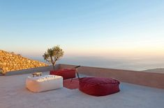 Summerhouse on a mountain in Santorini by Kapsimalis Architects - The Greek Foundation