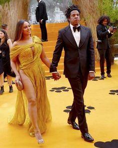 The Lion King Premiere London Jay Z Blue, Beyonce Beyhive, Beyonce Knowles, Black Love, London Fashion, Fashion Addict, Style Inspiration, Female, Celebrities