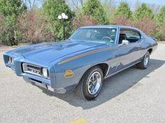 Anyone wanna buy this car for me?  Anyone?  1969 GTO, beautiful & blue.