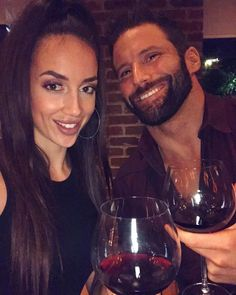 WWE Superstar Zack Ryder (Matthew Cardona) and his girlfriend Chelsea Green celebrated Christmas early with a sweet date night. Cardona marked the holiday with his parents in Long Island, while Green went home to Victoria, British Columbia, Canada to be with her family for Christmas. #WWE #NXT #wwecouples #wwewives #wwewags #wrestling #wrestler #wrestlers #2018 Zack Ryder, Victoria British, Wwe Couples, Total Divas, Professional Wrestling, Wwe Wrestlers, Wwe Superstars, Long Island, British Columbia