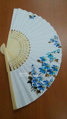 10번째 이미지 Cool Umbrellas, Diy And Crafts, Crafts For Kids, Decoupage, Oriental Flowers, Body Reference, Chinese Painting, Simple Art, Fabric Painting