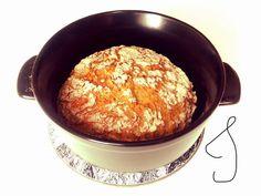 gluteeniton_leipäresepti Iron Pan, Fodmap, Cornbread, Eat, Ethnic Recipes, Food, Nice, Millet Bread, Essen