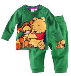 Shop kids clothing and baby clothes at H&M – We offer a wide selection of children's clothing at the best price. Disney Baby Clothes, Baby Kids Clothes, Baby Disney, Family Clothes, Baby Outfits Newborn, Baby Boy Outfits, Kids Outfits, Cute Baby Boy, Cute Babies