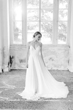 Bustiers, One Shoulder Wedding Dress, Chiffon, Satin, Silhouette, Bridal, Wedding Dresses, Fashion, Hand Sewn