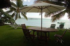 In dieser exklusiven Gegend fühlen Sie sich auf dem richtigen Platz.  Familie und dem tropischem Flair machen den Unterschied. Diese Villa ist wie ein einladender Ort, wo man die Natur zu seiner Fülle umarmen können. Die Strand-Lage ist perfekt um für viele Stunden zu Schwimmen und zu Relaxen. Umgeben von den besten Attraktionen.  #Mauritius #Villas #Beach I ❤ MAURITIUS! ツ http://www.isla-mauricia.de/objekte-mauritius/mauritius-belle-mare-strand-villa-in-guter-lage-nahe-golf-platze-de/
