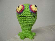 """Little Geeky """"ChuChu"""" from The Legend of Zelda - Free Amigurumi Pattern ( PDF File, click"""" Get it here."""" in red letters at the end of the post) here: http://makingitwell.blogspot.co.nz/2012/08/now-for-something-little-geeky.html"""