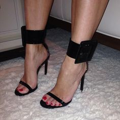 I think you need nice feet to pull these off! ysl shoes 2013