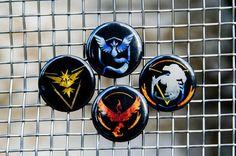 "Pokemon Go Team Metallic Black Background Instinct/Mystic/Valor 1.25"" Pin Back Buttons"