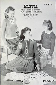 """1746 Ladies Lovely DK Lace Raglan Jacket 34-38/"""" Vintage Knitting Pattern"""