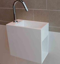 Luca fontein met open schap rechts Solid Surface 35x18,5x32cm met kraangat links glans wit