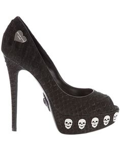 Stiletto skulls - in love with these!!