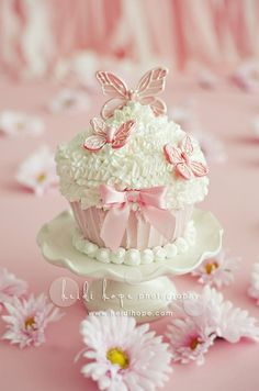 Beautiful cakes and or cupcakes - Google Search