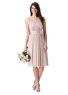 Buy discount Amazing Tulle Scoop Neckline A-Line Knee-length Bridesmaid Dresses With Handmade Flower at Dressilyme.com