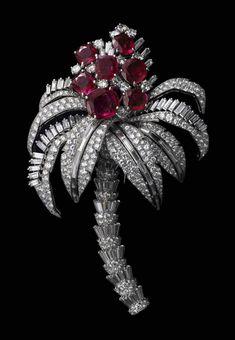 Duchess of Windsor's brooch.