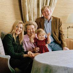 Eerste verjaardag Prinses Catharina-Amalia, 2004