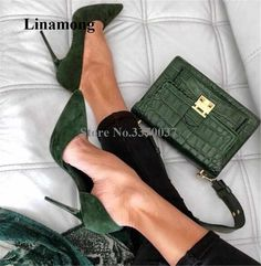 Hochhackige schuhe Green Suede Pointy Toe Stiletto Heels Pumps Office Shoes for Work, Formal event, Paris Chic, Paris Style, Chic Outfit, Stiletto Heels, High Heels, Dress Shoes, Shoes Heels, Suede Shoes, Ankle Shoes