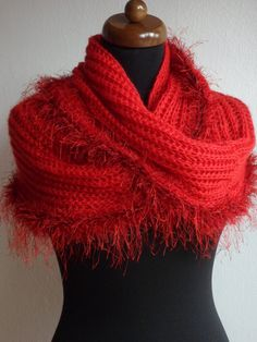 Red Knit Scarf, Chunky Scarf, Hand Knit Infinity Scarf, Circle Scarf, Loop scarf, Women Scarves, Knitted Neckwarmer, Mothers day gift #etsy #giftideas #infinityscarf #chunkyknitscarf #loopscarf