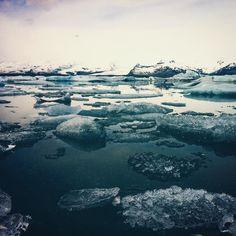 Missing iceland #glacier #jokursarlon #iceland #nature #naturelovers #coldasice #bucketlist #water #ice #arctic #polarcircle #beautiful #icelandfex #latergram #memories #pictureoftheday