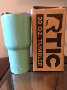 RTIC 30oz Tumbler Powder Coated Sea Foam Green/Blue, Teal, Mint . Includes Lid.  I completed an Ice Test myself comparing the RTIC vs/ YETI
