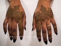 Henna on a rainy February evening never fails to brighten things up. Getting to do Moroccan made it feel like the sun was shining! Geometric Henna, Make My Day, Mehndi Images, Mehendi, Eid, Tattoos, Morocco, Fails, February