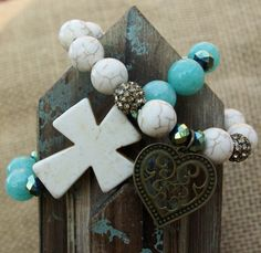 Faith, Hope, LOVE // www.chicsistersdesigns.com