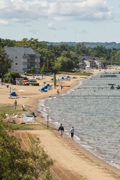 Visit Traverse City, Michigan this summer for a family beach getaway!