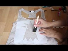 DIY TUTORIAL: Graphic Tank Top (Stenciling with Freezer Paper). Looking forward to doing this soon! Fun Crafts, Diy And Crafts, Crafts For Kids, Arts And Crafts, Diy Projects To Try, Craft Projects, Sewing Projects, Fabric Crafts, Sewing Crafts