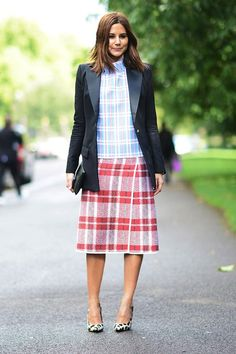 Who What Wear Blog 7 Ways To Mix Prints For Spring Street Style Via Elle Christine Centenera Celine Plaid Top Tartan Skirt