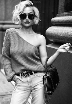 50 Fresh Short Blonde Hair Ideas to Update Your Style in 2019 - Haar Ideen Half Sweater, Micah Gianneli, Summer Shorts Outfits, Short Blonde, Short Platinum Blonde Hair, Short Hair Cuts, Short Blond Hairstyles, Blonde Hairstyles, Pixie Cuts