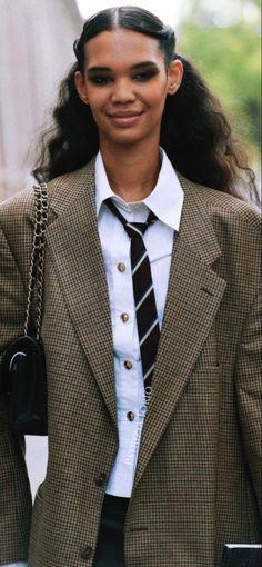 Milan, 21st, Blazer, Jackets, Fashion, Down Jackets, Moda, Fashion Styles, Blazers