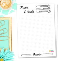 TASKS & GOALS My personal favorite of these bujo freebies at the moment! Limiting my monthly tasks and goals to a single A5 page allows me to plan more realistically and focus on what is most important. Less procrastinating, more doing and getting closer to my goals each and every month feels great. So I can't imagine my bullet journal without this spread anymore.