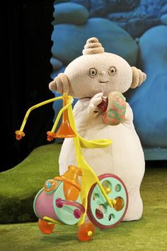 Macca pacca from in the night garden. Always cleaning you could spot any dirt on your high chair and I'd have to clean it immediately!