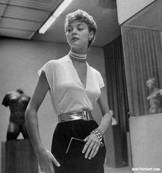 JEAN PATCHETT LIFE MOMA NINA LEEN PHOTO 1949