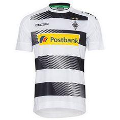 Le Nouveau Maillot de foot Gladbach Domicile 2016 2017 est faite par Kappa et introduit un nouveau design. Il dispose d'arceaux noirs sur fond blanc, avec un effet de fondu supplémentaire présente à l'intérieur des blocs.