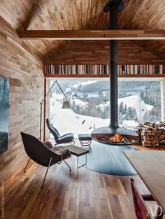 Hanging Fireplace ideas and designs to improve your home decoration. You can pick any hanging fireplace design that you prefer to built in your home. Interior Architecture, Interior And Exterior, Room Interior, Chalet Interior, Modern Cabin Interior, Cabin Interior Design, Italy Architecture, Farmhouse Architecture, Interior Office