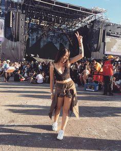 Festival Looks, Raves, Coachella, Edm, Looks Lollapalooza, Music Festival Outfits, Music Festivals, Tumblr Fashion, Women's Fashion