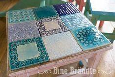 Fantastiche immagini in tavoli con piastrelle su