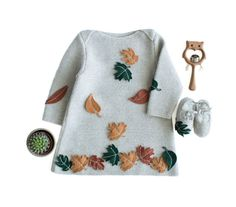 A knitted baby dress with felt  leaves. 100% wool. by tenderblue