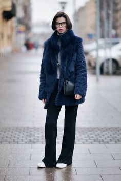 COMIFASHION Blue fur coat 70 furcoat look outfit coat