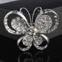 Fashion Women Silver Alloy And Rhinestone Butterfly Shape Brooch